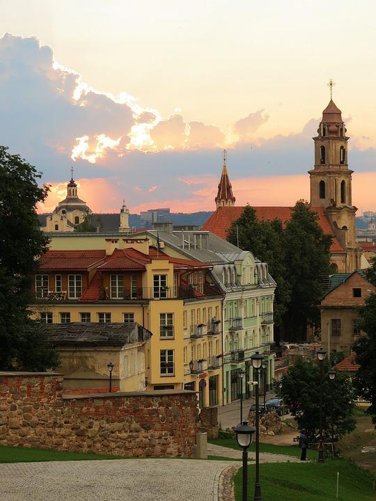 vilnius 4229320 960 720 - LITWA – ŁOTWA - ESTONIA