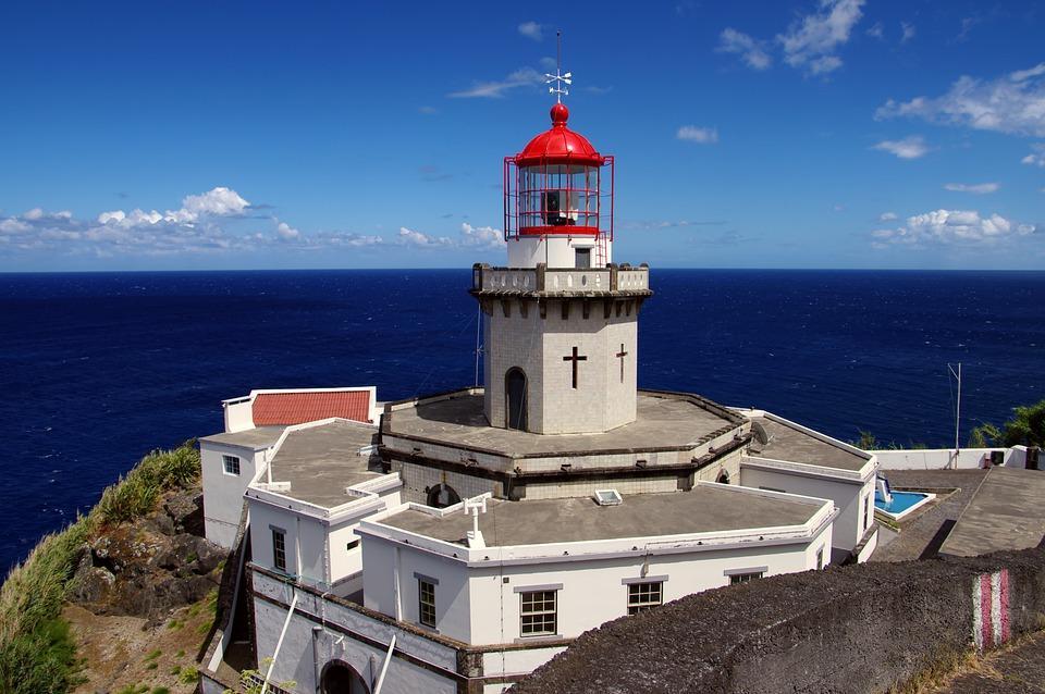 lighthouse 5198525 960 720 - AZORY i MADERA - wycieczka objazdowa