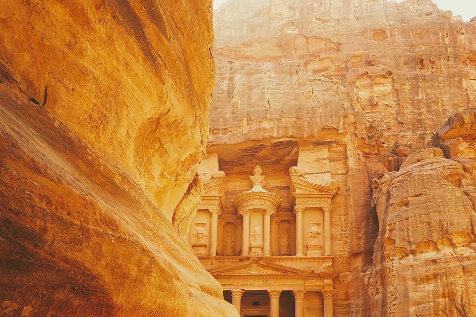 archaeological 2595597 960 720 - JORDANIA: zwiedzanie + wypoczynek nad Morzem Martwym i Morzem Czerwonym