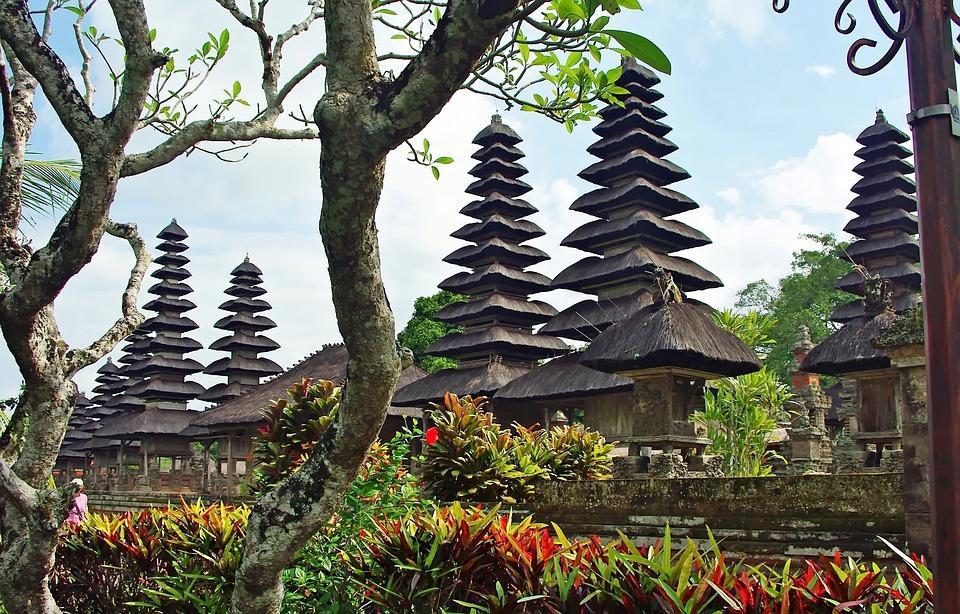 indonesia 1212261 960 720 - BALI – zwiedzanie + wypoczynek