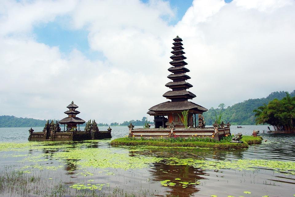 indonesia 1356743 960 720 - BALI – zwiedzanie + wypoczynek