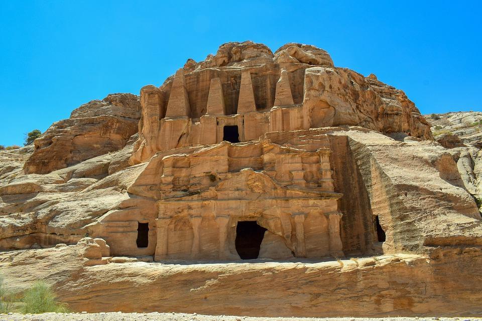 petra 4351395 960 720 - JORDANIA: zwiedzanie + wypoczynek nad Morzem Martwym i Morzem Czerwonym