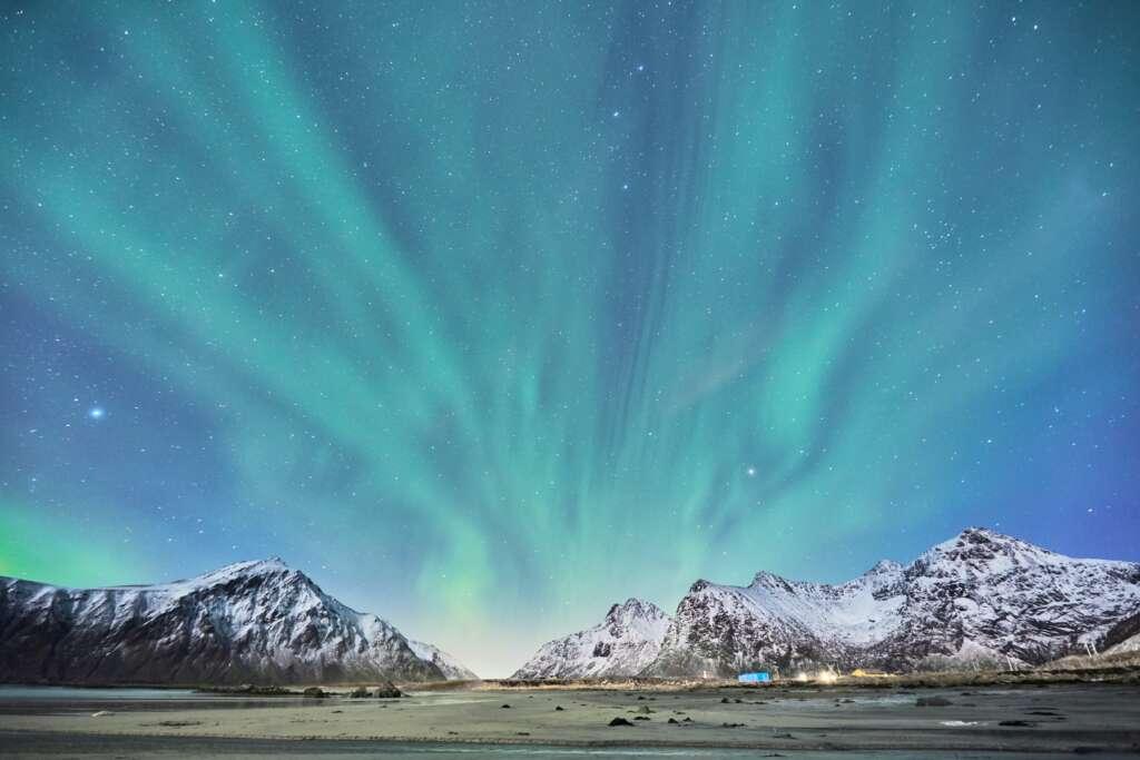 johny goerend 2XpixHtHmVc unsplash 1 1024x683 - Norwegia: Tromso i Lofoty - wyprawa po zorzę polarną